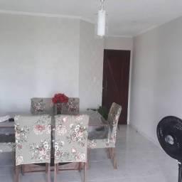 [LM] Vendo apartamento no Bequimão// Com projetados// Otima localização