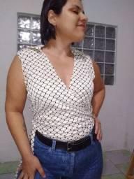 Blusinha vintage transpassada