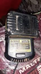 Carregador Dewalt 20V com bateria