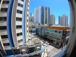 Apartamento 2 dormitórios locação temporada na Avenida Central