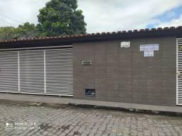 Exelente casa e localização na Cidade Nova. 30 metros do Mercantil Rodrigues.