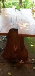 Mesa de madeira rústico