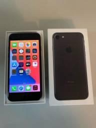 iPhone 7 32gb Preto com caixa e todos acessórios