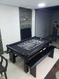 Mesa Tentação de 4 Pés Cor Imbuia Tecido Preto e Borda Jack Daniels Mod. BHKS0804