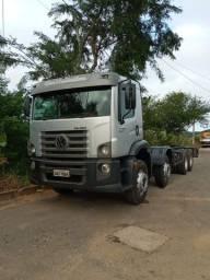 Caminhão 24280 bitruk, 2013, com 267mil km rodado,