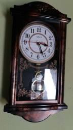 Vendo esse relógio de pêndulo ativo novo,ideal para presente e gravação de filmes....