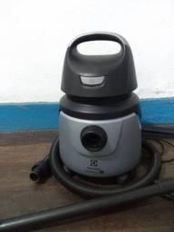 Aspirador Eletrolux a10 smart - Aspira pó e água