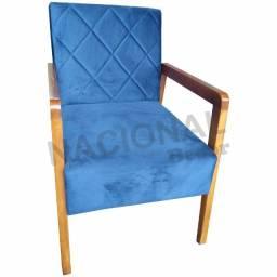 Poltrona Decorativa Braços em Madeira Tecido Suede Azul
