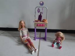 Conjunto Barbie e Chelsea cozinheira do café da manhã