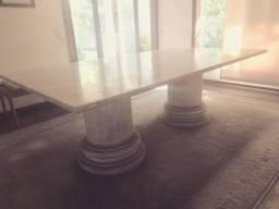 Mesa de Mármore Carrara íntegra