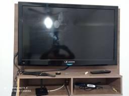 Televisão mais suporte de parede