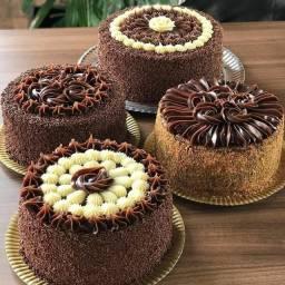 Bolos, torta e doces por encomenda