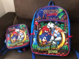 Mochila escolar com lancheira Sonic Original $100,00