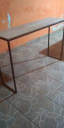 Mesa para computador em madeira vintage semi nova
