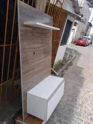 Painel para televisão, com caixote