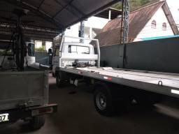 Caminhão Guincho Zero - 2011