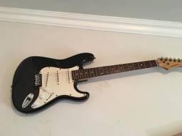 Guitarra phoenix seminova