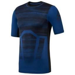 Camiseta Reebok Compressão Activchill Compression Nova, original c/ etiquetas