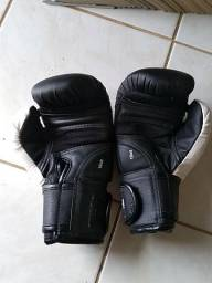 Luvas de Muay Thai