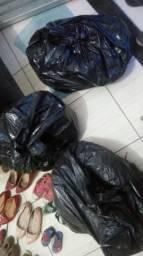 Vendo lote de roupas para bazar