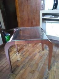Mesa usada em ótimo estado de conservação
