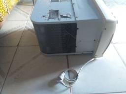 Vende-se ar condicionado 9.000 BTU