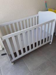 Berço de bebê em ótimo estado