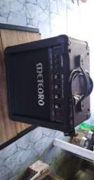 Amplificador para contrabaixo meteoro