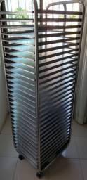 Carrinho aberto (tipo esqueleto) para 30 bandejas 60x40cm