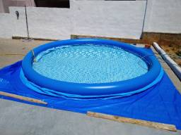 Piscina 5.600 litros