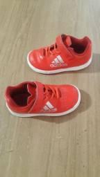 Kit de calçados infantil