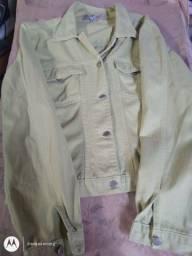 Vendo essa linda jaqueta jeans só 60,00