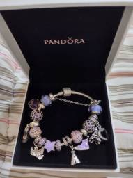 Bracelete Pandora em prata 925 com 18cm