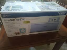 Scancut SDX 225 nunca usada na caixa.