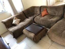 Sofa e rack sala TV
