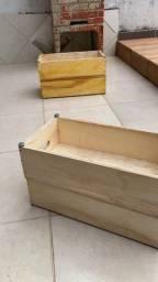 Stepe de madeira