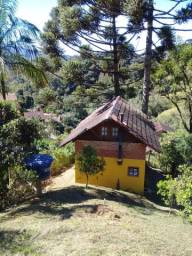 Alugo Chalé em Maromba