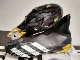 Chuteira Adidas Predator 20+