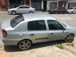 Clio sedan 2001/2002