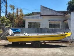 Barco de alumínio lindo