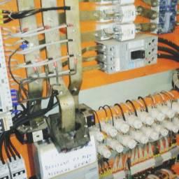 Eletricistas qualificado