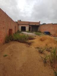 Vendo terreno com área construída