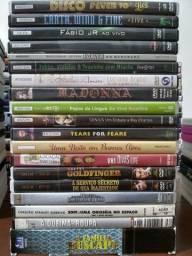 Título do anúncio: Lote 110 DVDs Originais Variados Filmes Documentários Desenhos Shows