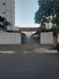 Lote comercial no Centro de Goiânia - 737m²