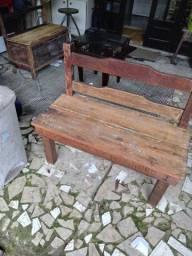 Banco de Jardim em madeira massissa demolição 250 00