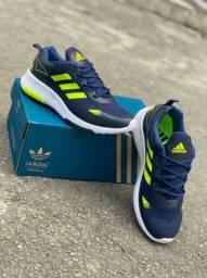 Tênis Adidas Slim Primeira Linha