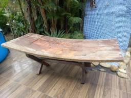 Vendo mesa rústica usada