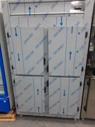 Geladeira Comercial Revestimento externo Aço inox 430 4 portas.