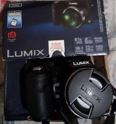 Camera semi profissional Panasonic