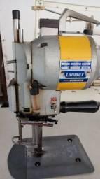 Máquina de corte de tecido